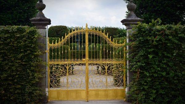 Le portail apporte sécurité et design à votre propriété !